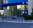 Входная группа синего цвета в Казани
